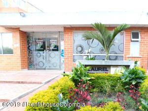 Apartamento En Ventaen Soacha, Ciudad Verde, Colombia, CO RAH: 20-330