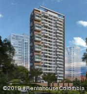 Apartamento En Ventaen Medellin, Milla De Oro, Colombia, CO RAH: 20-390