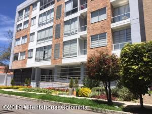 Apartamento En Arriendoen Bogota, Nuevo Country, Colombia, CO RAH: 20-394
