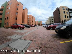 Apartamento En Arriendoen Zipaquira, La Arboleda, Colombia, CO RAH: 20-460