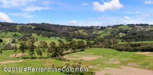 Terreno En Ventaen Envigado, La Acuarela, Colombia, CO RAH: 20-463
