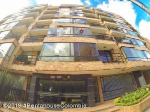Apartamento En Ventaen Bogota, Country Club, Colombia, CO RAH: 20-522