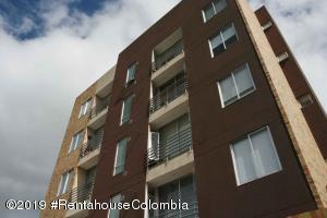 Apartamento En Arriendoen Chia, Sabana Centro, Colombia, CO RAH: 20-528