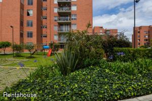 Apartamento En Ventaen Madrid, Zaragoza, Colombia, CO RAH: 20-555