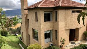 Casa En Ventaen Chia, Encenillos De Sindamanoy, Colombia, CO RAH: 20-557