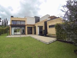 Casa En Arriendoen Sopo, Hato Grande, Colombia, CO RAH: 20-564