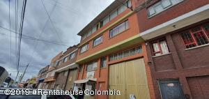 Bodega En Ventaen Bogota, Pensilvania, Colombia, CO RAH: 20-570