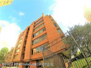Apartamento En Ventaen Bogota, La Calleja, Colombia, CO RAH: 20-580