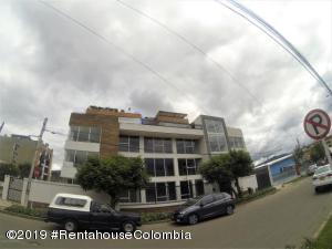 Oficina En Arriendoen Bogota, Nueva Autopista, Colombia, CO RAH: 20-588