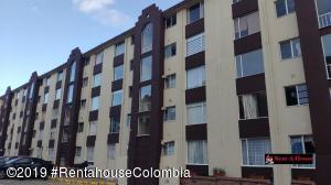 Apartamento En Ventaen Bogota, Santa Helena, Colombia, CO RAH: 20-605