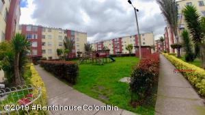 Apartamento En Ventaen Bogota, Bochica, Colombia, CO RAH: 20-608