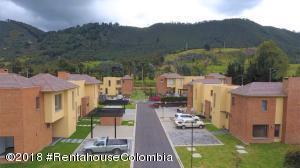 Casa En Arriendoen Cajica, Vereda Canelon, Colombia, CO RAH: 20-619