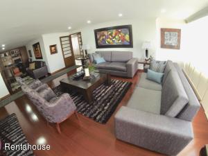 Apartamento En Ventaen Bogota, Santa Bárbara, Colombia, CO RAH: 20-632