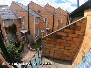 Casa En Arriendoen Bogota, Rincon Del Puente, Colombia, CO RAH: 20-634