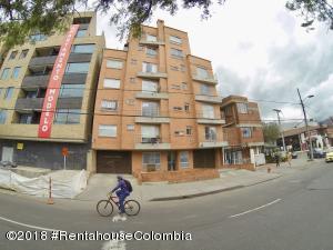 Apartamento En Ventaen Bogota, Nueva Autopista, Colombia, CO RAH: 20-681