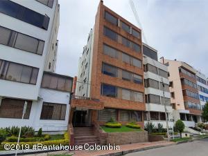 Apartamento En Ventaen Bogota, Santa Barbara Central, Colombia, CO RAH: 20-685