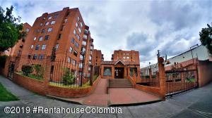 Apartamento En Arriendoen Bogota, Cedritos, Colombia, CO RAH: 20-748