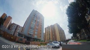 Apartamento En Arriendoen Bogota, Colina Campestre, Colombia, CO RAH: 20-765