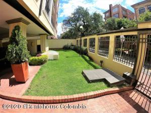 Apartamento En Arriendoen Bogota, San Patricio, Colombia, CO RAH: 20-800