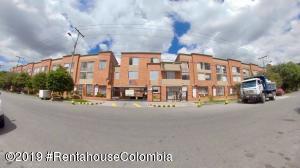 Casa En Ventaen Bogota, El Redil, Colombia, CO RAH: 20-809