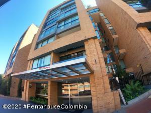 Apartamento En Ventaen Bogota, La Cabrera, Colombia, CO RAH: 20-835