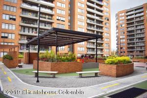 Apartamento En Ventaen Bogota, Hayuelos, Colombia, CO RAH: 20-843