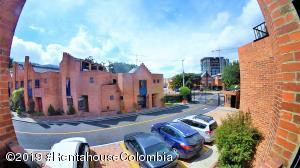Casa En Ventaen Bogota, El Redil, Colombia, CO RAH: 20-845