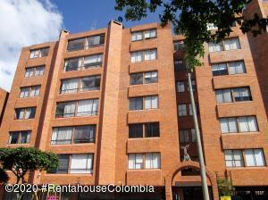 Apartamento En Ventaen Bogota, Colina Campestre, Colombia, CO RAH: 20-846