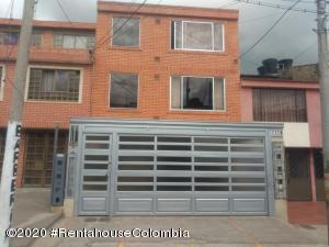 Apartamento En Ventaen Zipaquira, Rincon Del Zipa, Colombia, CO RAH: 20-864