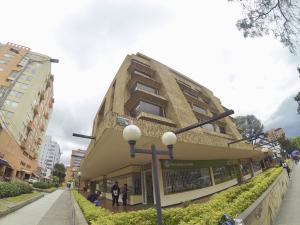 Apartamento En Ventaen Bogota, Chico Norte, Colombia, CO RAH: 20-871