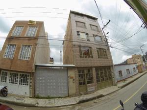 Casa En Ventaen Bogota, Suba Salitre, Colombia, CO RAH: 20-878