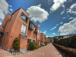 Casa En Ventaen Bogota, Gratamira, Colombia, CO RAH: 20-879