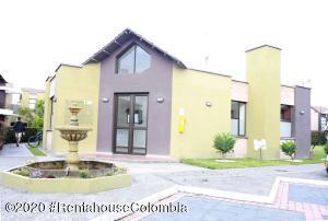 Casa En Ventaen Cajica, La Estacion, Colombia, CO RAH: 20-893