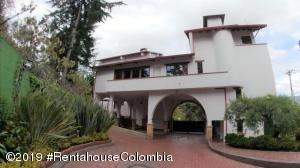 Casa En Ventaen Bogota, Club Los Lagartos, Colombia, CO RAH: 20-901