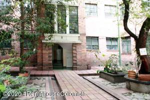 Apartamento En Ventaen Bogota, La Alameda, Colombia, CO RAH: 20-928