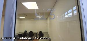 Oficina En Arriendoen Bogota, Santa Barbara Occidental, Colombia, CO RAH: 20-938