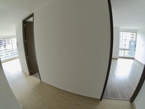 Apartamento En Ventaen Bogota, Las Nieves, Colombia, CO RAH: 20-942