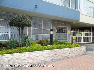 Apartamento En Ventaen Bogota, El Tintal, Colombia, CO RAH: 20-1027