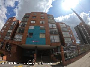 Apartamento En Ventaen Bogota, Villemar Fontibon, Colombia, CO RAH: 20-1034