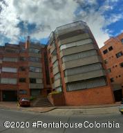 Apartamento En Ventaen Bogota, Emaus, Colombia, CO RAH: 20-1038
