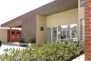 Apartamento En Ventaen Chia, 20 De Julio, Colombia, CO RAH: 20-1051