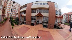 Casa En Ventaen Bogota, Santa Teresa, Colombia, CO RAH: 20-1063