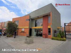Apartamento En Ventaen Soacha, Ciudad Verde, Colombia, CO RAH: 20-1073