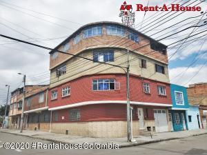 Casa En Ventaen Bogota, El Carmen, Colombia, CO RAH: 20-1074