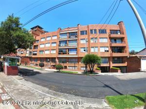 Apartamento En Ventaen Bogota, El Contador, Colombia, CO RAH: 20-1119