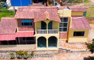 Casa En Ventaen La Calera, Vereda El Salitre, Colombia, CO RAH: 20-1132