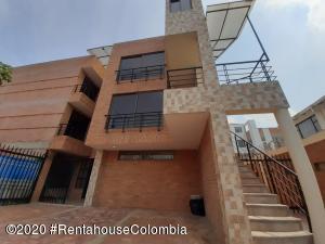 Apartamento En Ventaen Chia, 20 De Julio, Colombia, CO RAH: 20-1141