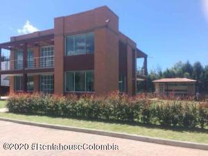Casa En Ventaen Chia, Vereda Bojaca, Colombia, CO RAH: 20-1142