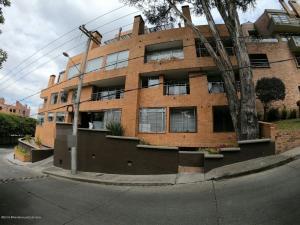 Apartamento En Ventaen Bogota, Bosque De Pinos, Colombia, CO RAH: 20-785