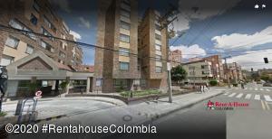 Apartamento En Arriendoen Bogota, Cedritos, Colombia, CO RAH: 20-1169